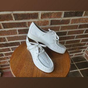 Softspots White Lace Up Nurses Comfort Shoes